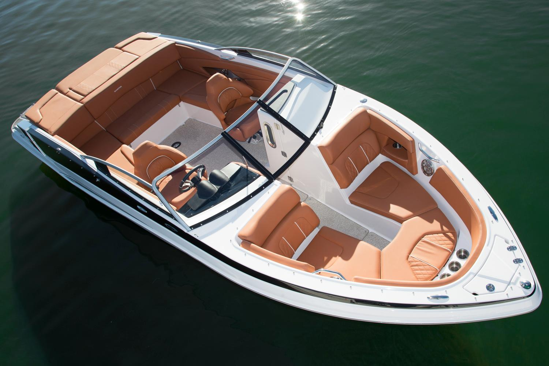 Glastron GTL 225 | Luxury Boat Rentals Muskoka